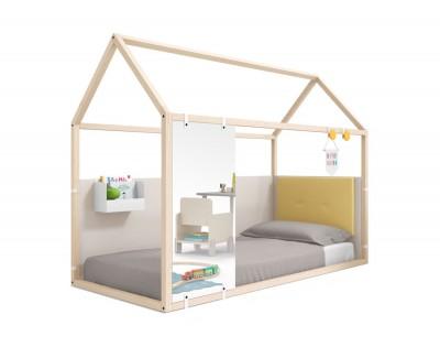 Lit maison en bois fermé avec un miroir, un bac et une tête de lit