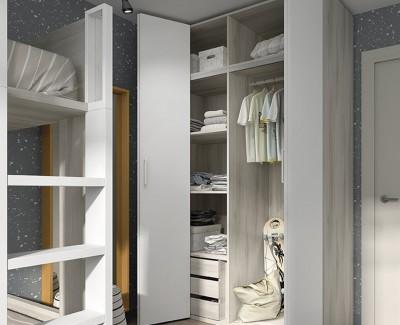 Chambre enfant avec lit superposé avec bureau et armoire à porte pliantes
